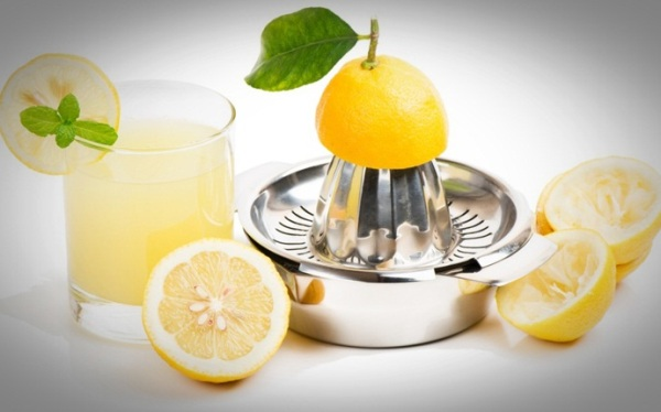 Baking soda with lemon and olive oil
