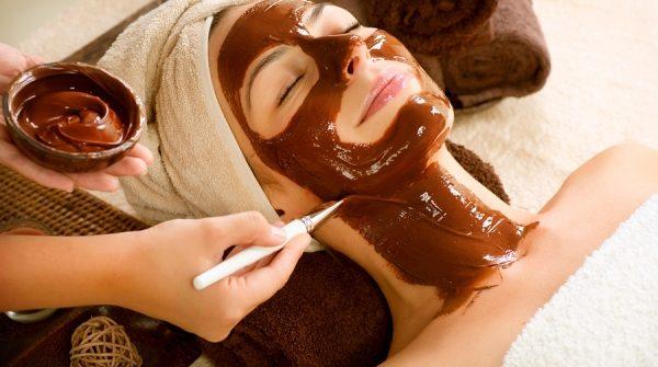 DIY Antioxidant Chocolate Mask Create your own Luxury Spa Treatment!