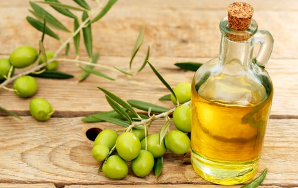 olive oil to grow eyebrows