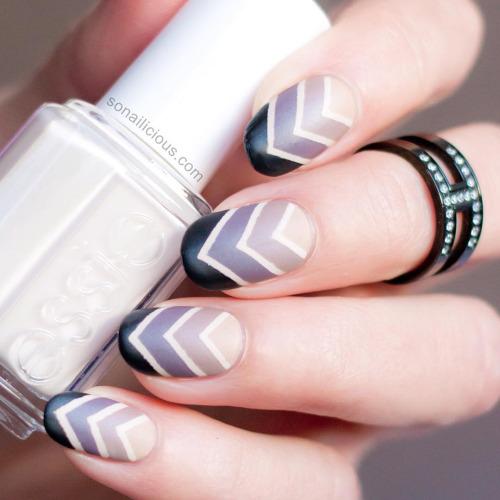antique nail art designs